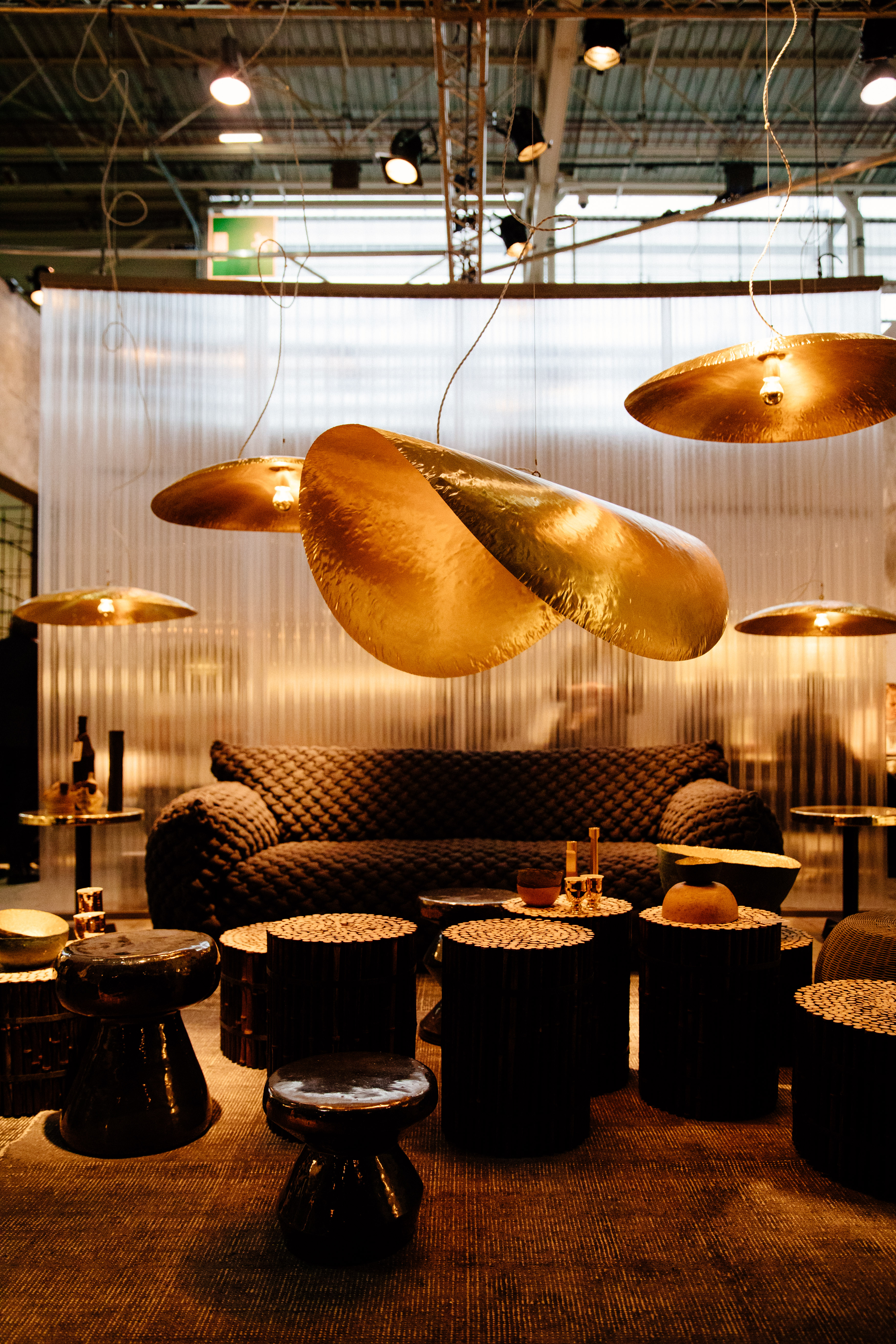 décoration vert et doré - luminaire doré