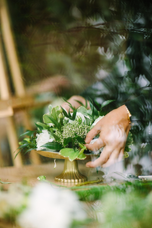 décoration de mariage blanche et végétale ; déco de mariage blanche et verte